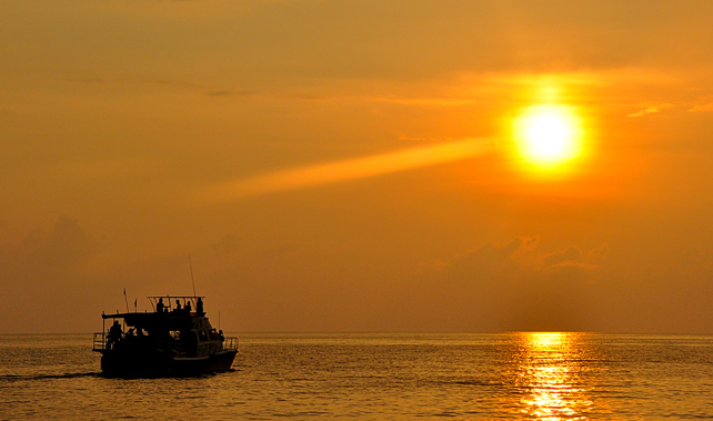 Affordable Sunset Cruise Package