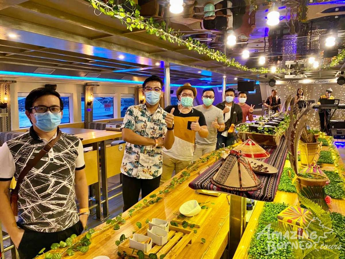 North Borneo Cruises - KK City Night Dinner Cruise - Amazing Borneo Tours