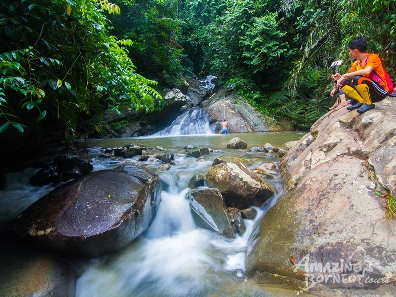 3D2N OROU SAPULOT - MYSTICAL BORNEO CAVE & PINNACLES ADVENTURE WITH WATERFALL HUNTING - Amazing Borneo Tours