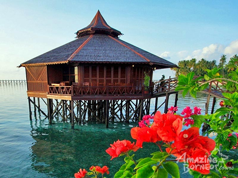 Mabul Island: Sipadan Water Village Resort - Amazing Borneo Tours