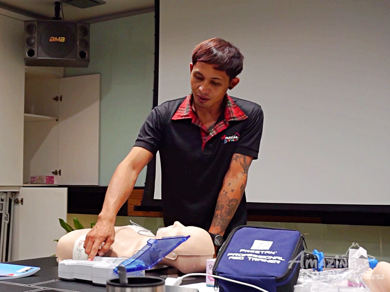 Emergency First Response Course (EFR)  - Amazing Borneo Tours