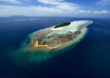 Mataking Island - The Reef Dive Resort